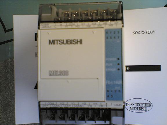 三菱FX1S-14MR-001 PLC可编程控制器