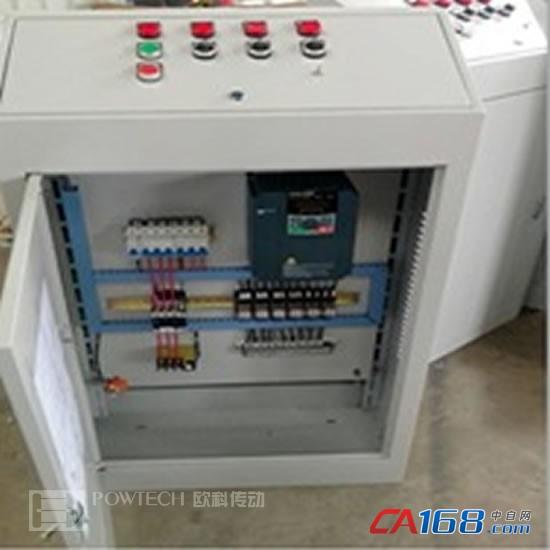 机械手作为其他设备的辅助设备,如码坯机、自动码坯机等,在制造业的自动化程度越来越高的当今,被应用到了越来越多的生产企业。结合机械手的工艺要求及对电气控制精度的要求,欧科传动PT200系列高性能矢量变频器,以欧科变频器特有的加减速与多段速关联功能,与PLC控制程序配合,可平稳的实现多段速加减速切换,保证机械手在行走运动中更平稳和停止更精确。