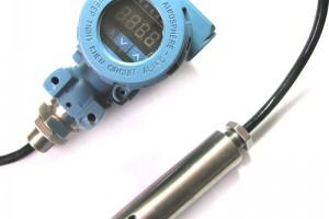 高性能投入式液位传感器