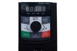CM53XH (4T三相0.75~1.5KW)通用磁通矢量控制变频器